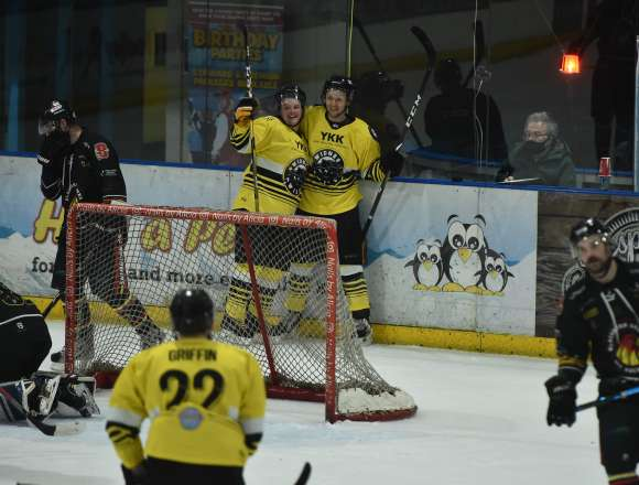 NIHL North Cup: Wild 3 – Hawks 2